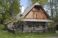Типичное чехословакское сельское здание в гористых местностях стоковые изображения
