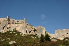 Типичные ландшафты Les-Baux-de-Провансали стоковая фотография