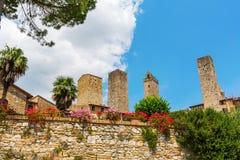 Типичные дома башни San Gimignano, Италии Стоковые Изображения