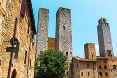 Типичные дома башни San Gimignano, Италии Стоковые Фотографии RF