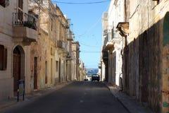 Типичный переулок в Meleiha, Мальте Стоковое фото RF