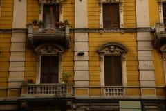 Типичный среднеземноморской фасад в утре Стоковые Фотографии RF