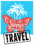 Типографский ретро плакат перемещения лета дизайна grunge также вектор иллюстрации притяжки corel Стоковые Фото
