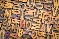 Тип блоки винтажного Letterpress деревянный печатания Стоковые Фотографии RF