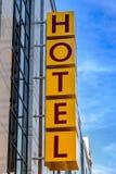 тип знака гостиницы фабрики здания исторический Стоковая Фотография