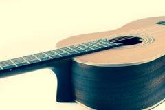 тип испанского языка гитары детали акустической черноты предпосылки классический Стоковая Фотография