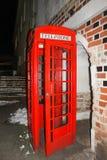 тип традиционная Великобритания старого телефона коробки красный Стоковые Фотографии RF