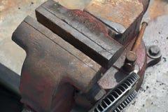 Тиски стенда сделанные из литого железа Стоковые Изображения