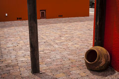Тихий двор кирпича Стоковая Фотография RF