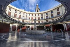 Тихий момент в площади Redonda, круглый квадрат, Валенсия, Испания стоковое фото rf