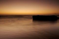 Тихий океан заход солнца стоковые изображения rf