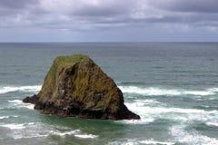 Тихий океан около пляжа Орегона карамболя Стоковое Фото