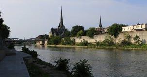 Тихое утро грандиозным рекой в Кембридже, Канада 4K сток-видео