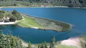 Тишь и затишье выставки озера гор мочат в Патагонии Аргентине сток-видео