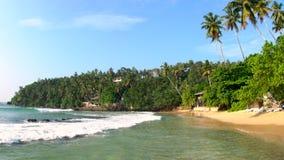 Тишь & красивый тропический пляж, Mirrisa, побережье SW видеоматериал