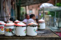 100-ти летний чайный домик Uyghur в старом городе Кашгара, Синьцзян, Китая, автономной области Uyghur стоковые изображения