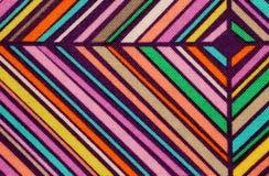ткани с вкосую линиями и диаманты для продажи в haberdas Стоковые Фото