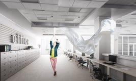 Ткань белизны тяги женщины Стоковое фото RF