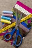 Ткань и шить детали Стоковые Фото