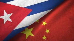 Ткань ткани флагов Кубы и Китая 2, текстура ткани иллюстрация вектора