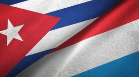 Ткань ткани флагов Кубы и Люксембурга 2, текстура ткани иллюстрация штока