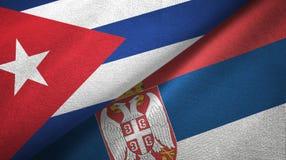 Ткань ткани флагов Кубы и Сербии 2, текстура ткани бесплатная иллюстрация