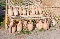 Товары гончарни изделий глины в Марокко Стоковые Фотографии RF