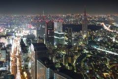 Токио к ноча стоковые изображения