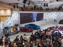 ТОКИО, ЯПОНИЯ - 23-ье ноября 2013: Будочка на моторе Тойота Стоковое Изображение