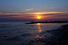 Толпы туристов на Чёрном море Стоковые Фото