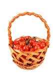 Томаты вишни в корзине изолированной на белизне Стоковые Фотографии RF