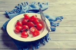 Томаты вишни с капельками воды Стоковые Изображения RF