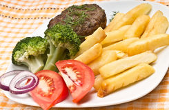 томаты картошек котлеты брокколи Стоковое Изображение RF