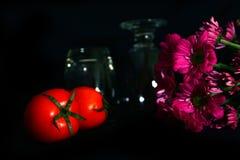 Томаты натюрморта, цветок Стоковая Фотография