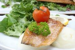 томат картошки месива скумбрии выкружки Стоковые Фото