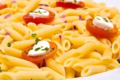 томат макаронных изделия тарелки стоковые изображения