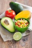томат салата мангоа авокадоа Стоковые Фото