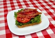 томат салата хлеба бекона Стоковые Изображения