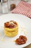 томат сосиски соуса polenta cornmeal Стоковые Изображения
