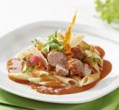 томат соуса макаронных изделия meatballs Стоковая Фотография