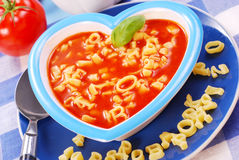 томат супа макаронных изделия ребенка Стоковое фото RF