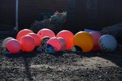Томбуи в много цветов с веревочками вокруг Стоковые Фотографии RF