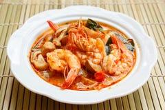 Том Yum Goong, пряный суп с креветкой стоковое изображение