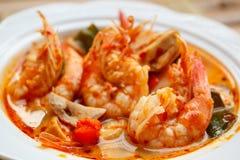 Том Yum Goong, пряный суп с креветкой стоковые фото