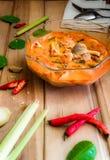 Том Yum Goong тайские блюда которые были сделаны как суп Запах травы стоковое изображение rf