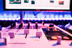 Тональнозвуковая система регулятора для шумовых эффектов Стоковые Изображения RF