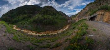 Тоннель заводи медведя и миллион шоссе 550 доллара Стоковая Фотография