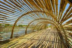 Тоннель назначения перемещения бамбуковый внутри Handcraft тонна Tan Baan стоковое изображение rf