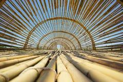 Тоннель назначения перемещения бамбуковый внутри Handcraft тонна Tan Baan стоковые изображения