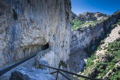 Тоннель взгляда на реке Borosa горы Стоковая Фотография